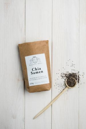 Eine Tüte Chia Samen