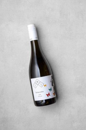 Scheurebe - ein feinherber Weißwein vom Kölner Winzer
