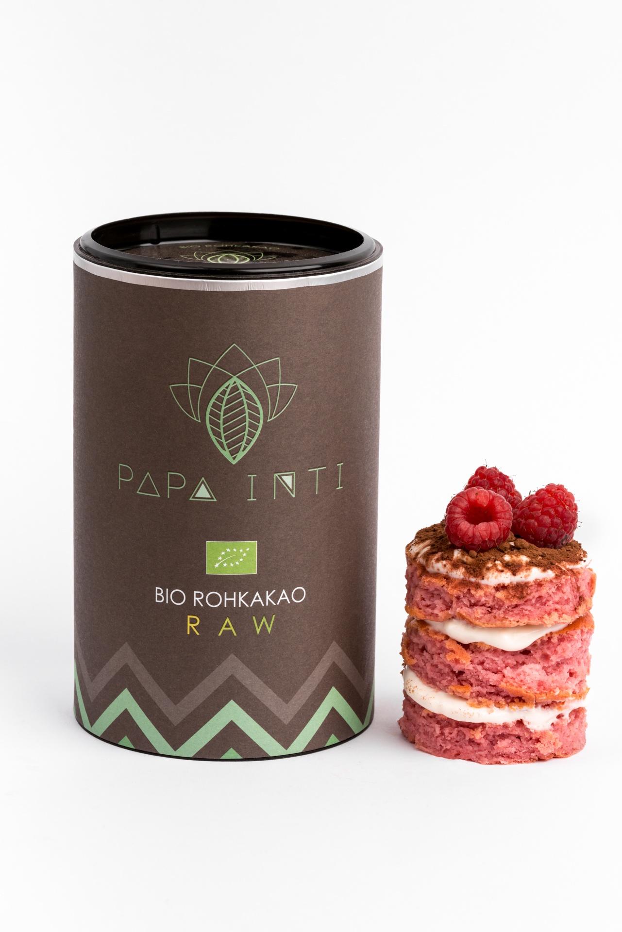 Ein Dessert verfeinert mit Bio Rohkakaopulver von Papa Anti