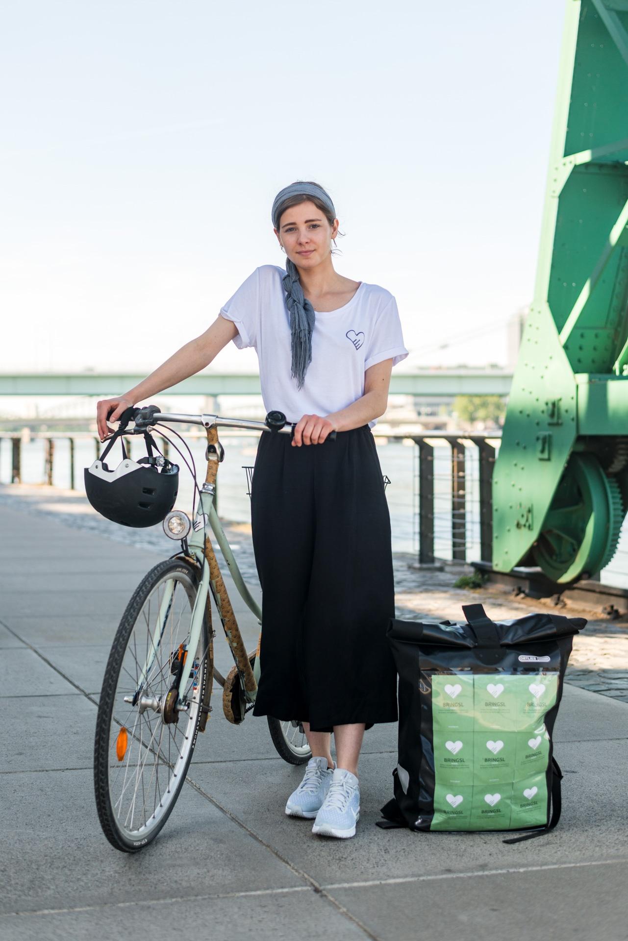 Lea Bringsl Fahrrad über uns 6